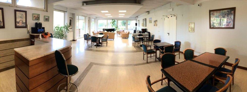 stanza comune per relax all'interno della struttura per anzini