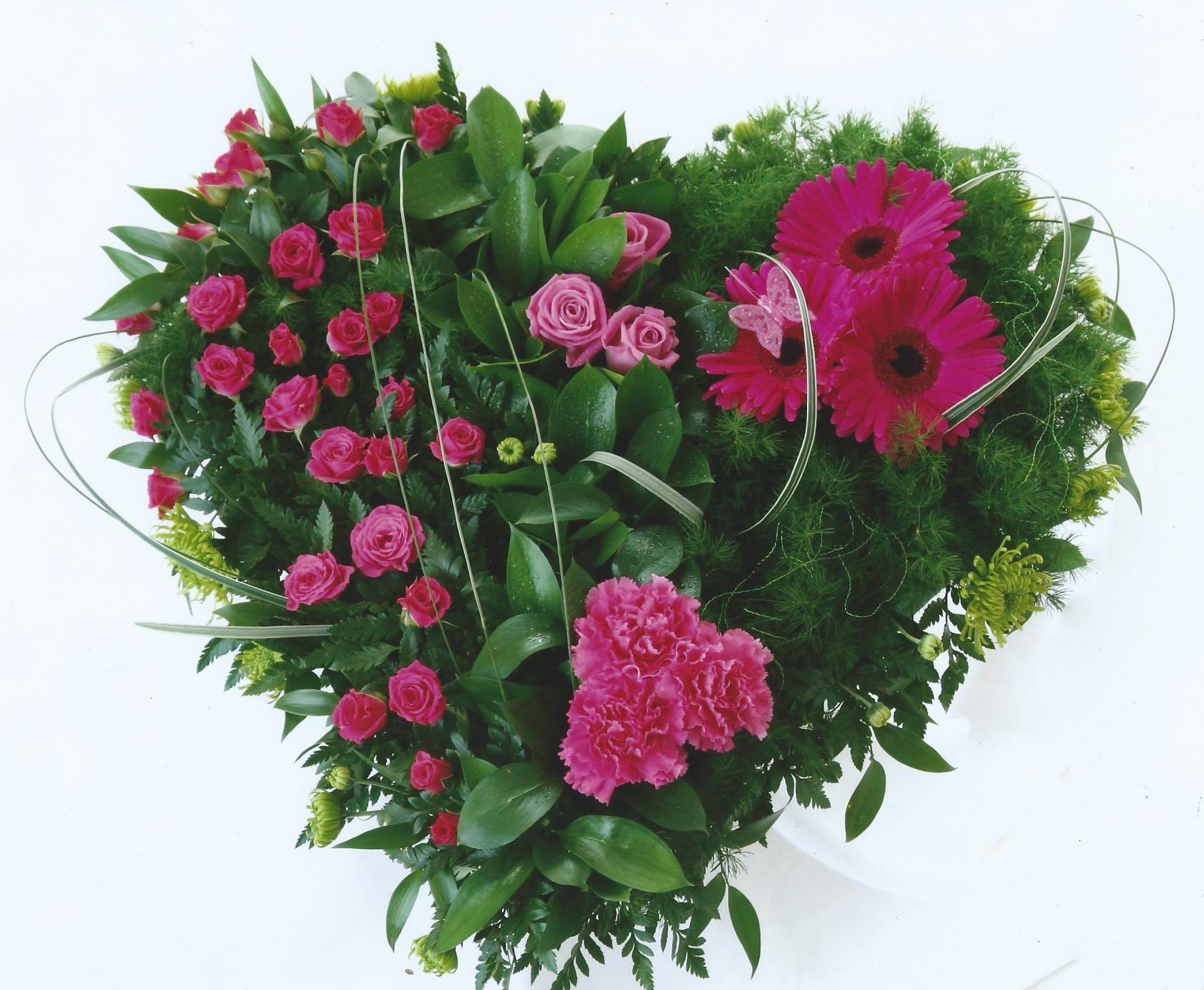Looking for funeral flowers in plymouth heart shaped bouquet izmirmasajfo