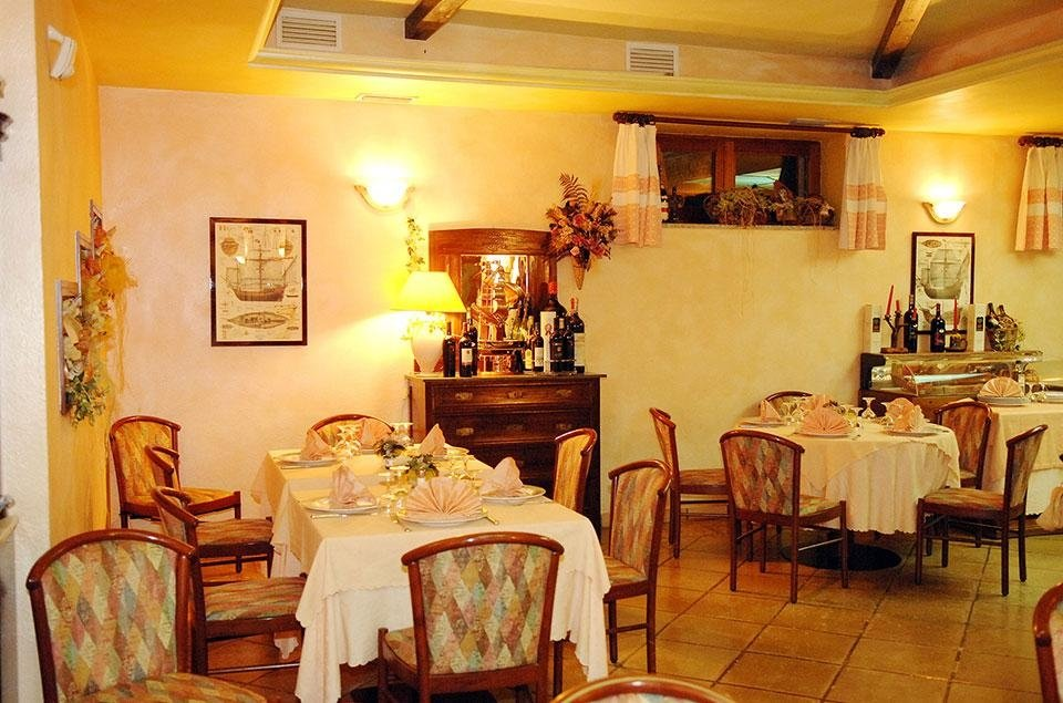 The Restaurant room Budoni