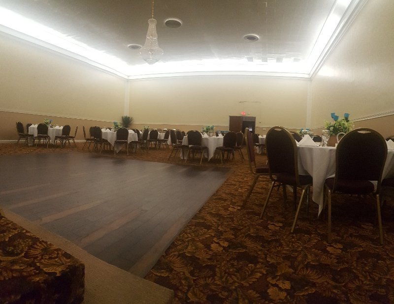 Mchenry Event Center And The Seasons Catering