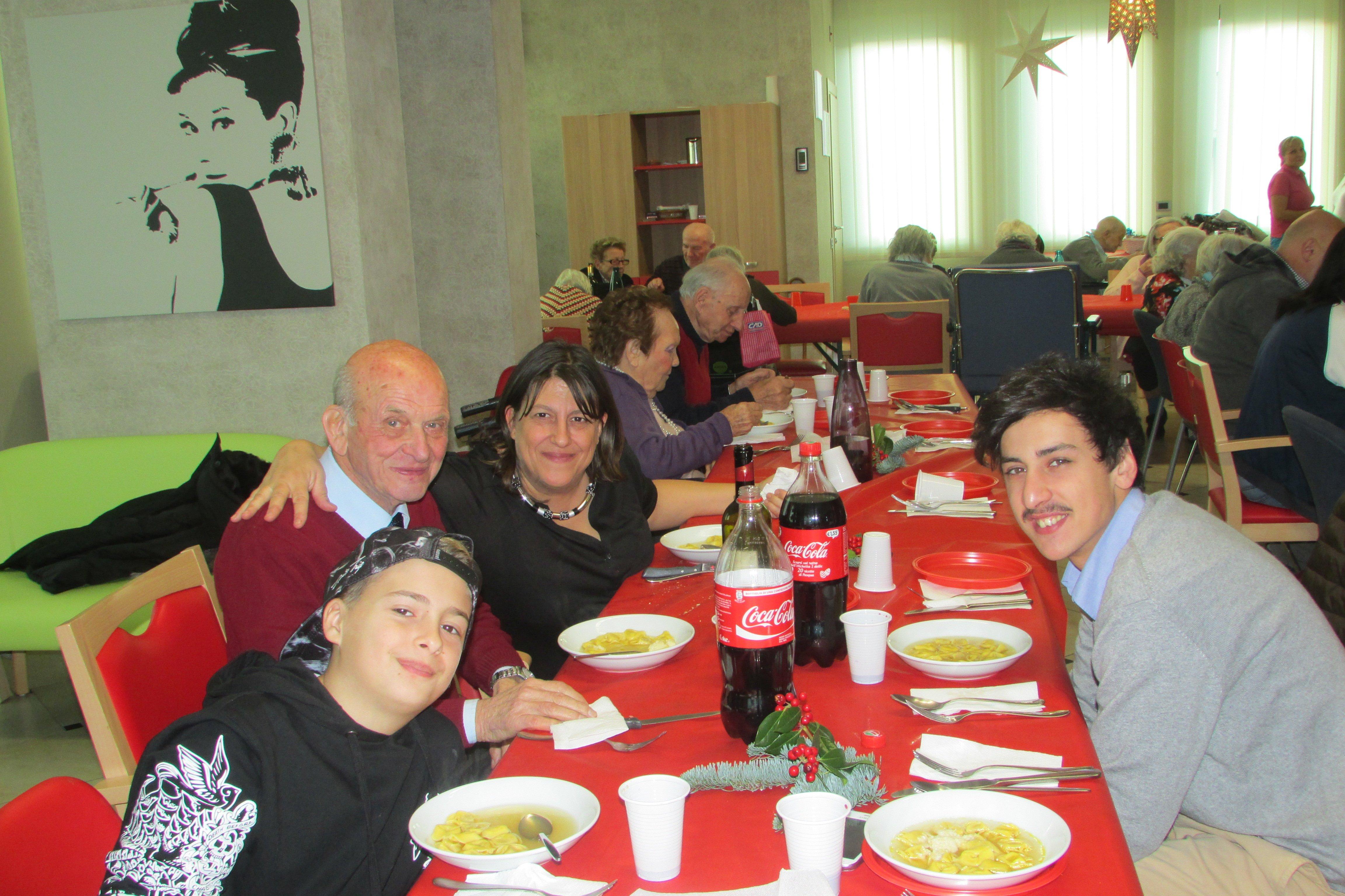 tavolata pranzo di natale