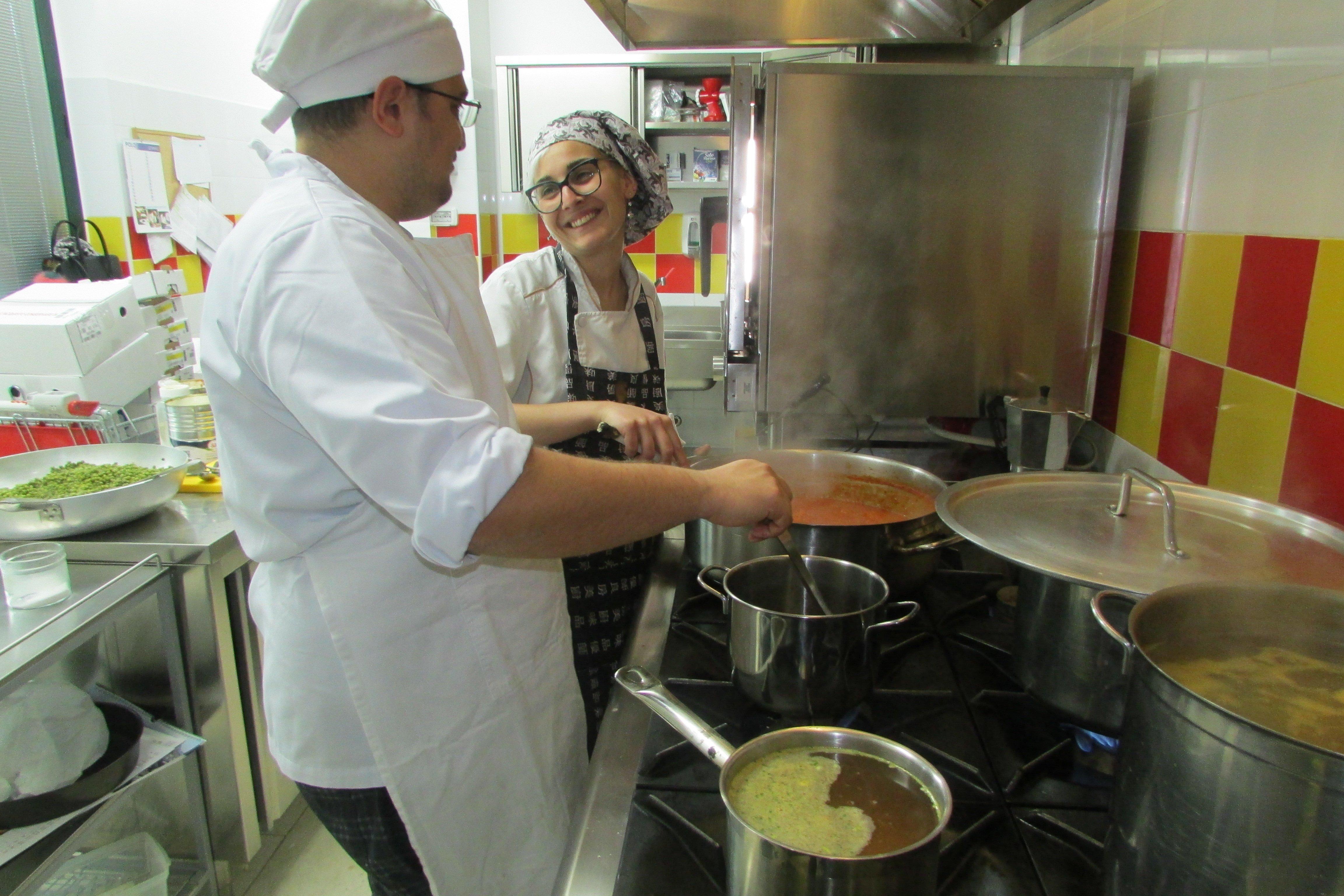 cuoco in cucina