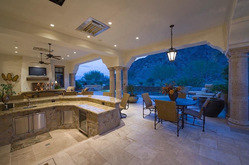 large sunken kitchen area