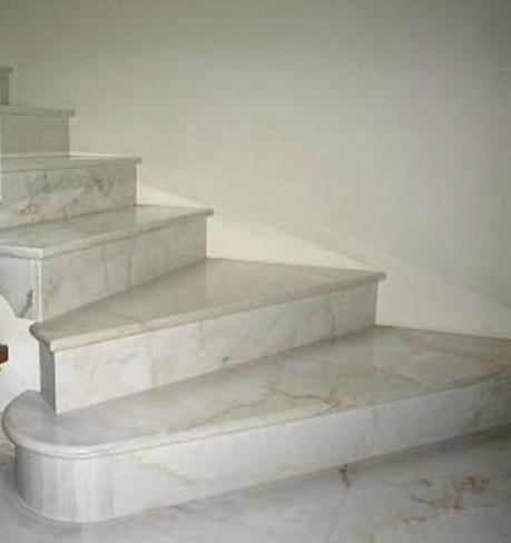 Scale in marmo Vercelli