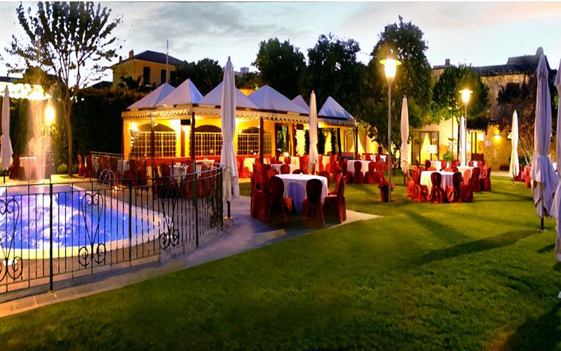 ristorante con piscina fermo
