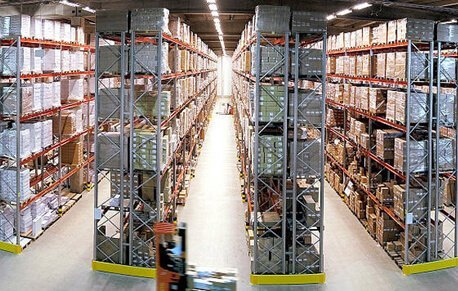 Stacked aisles within a warehouse