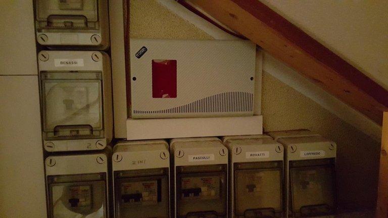 centrale antifurto per serratura magnetica