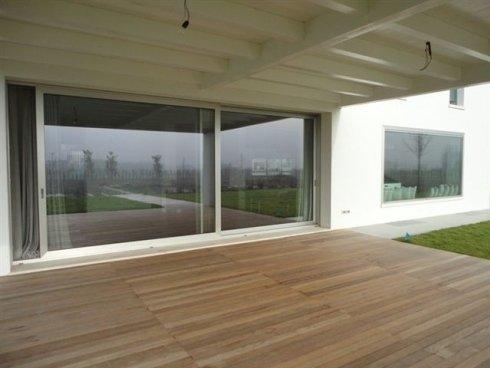Finestre in pvc legno alluminio modena malmusi wainer for Vetrate case moderne