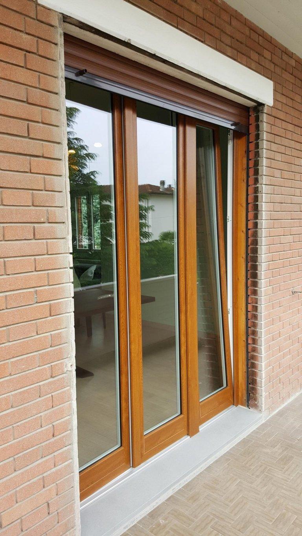 Finestre in pvc legno alluminio modena malmusi wainer for Finestra 4 ante