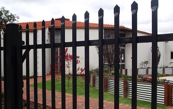 Built by geoff fencing garrison