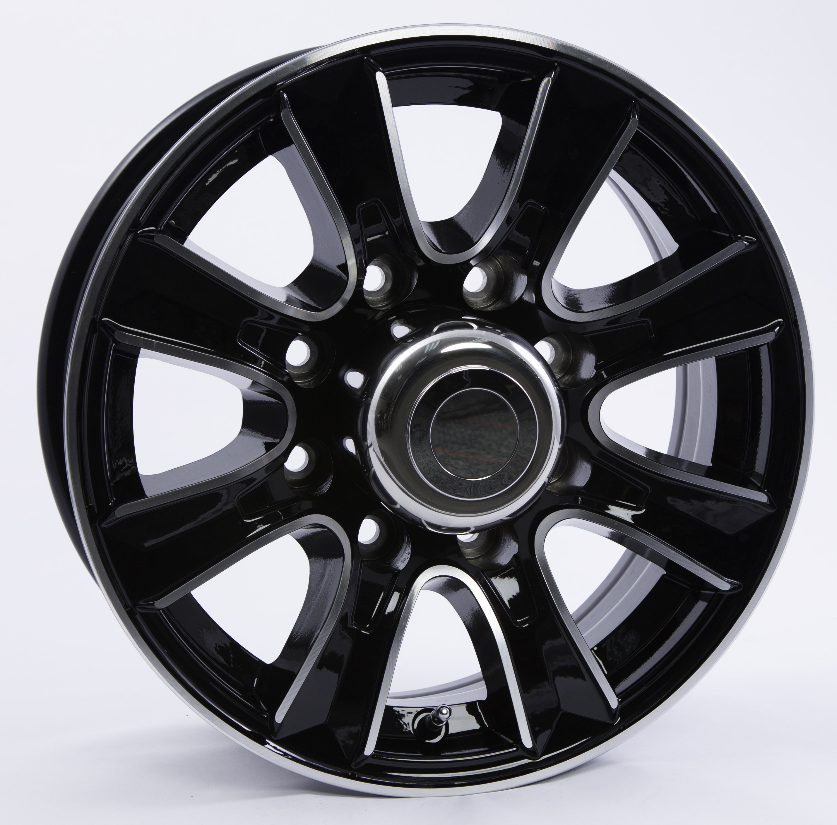 Thoroughbred 8-Lug Black