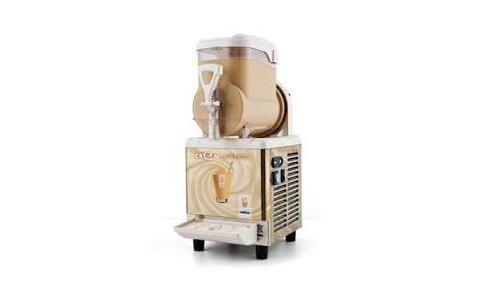 macchina per caffè freddo