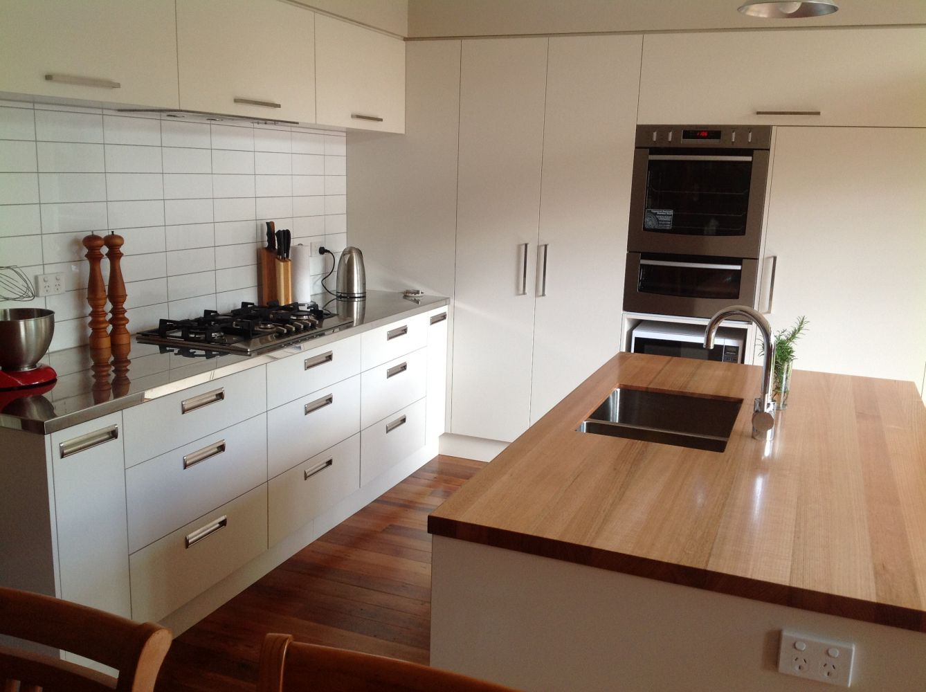 kitchen cabinets dunedin taylor made joinery