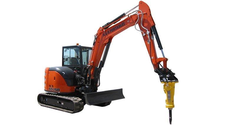 Hitachi 6.5 ton excavator