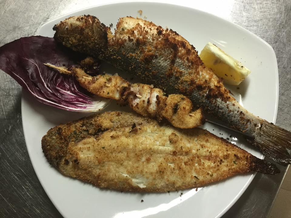 piatto vari pesci impanati