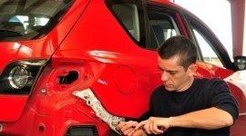 sostituzione plastiche paraurti, lamiera auto, carrozzieri auto