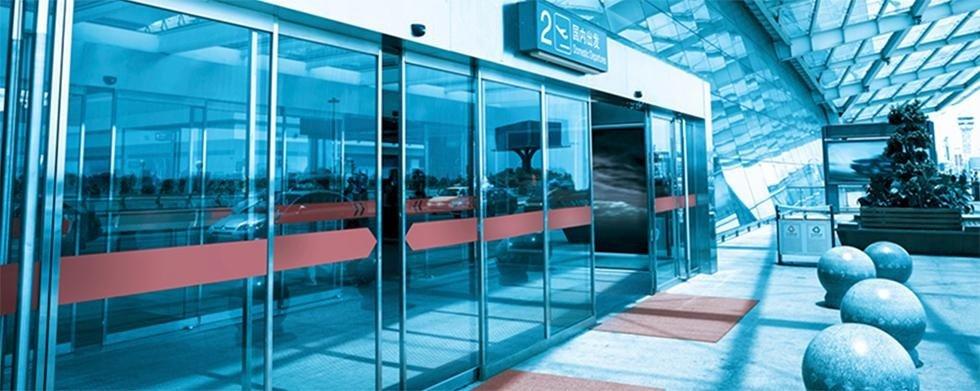 realizzazione porte scorrevoli vetro