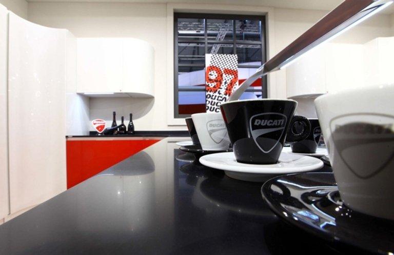 modern balck and white kitchen