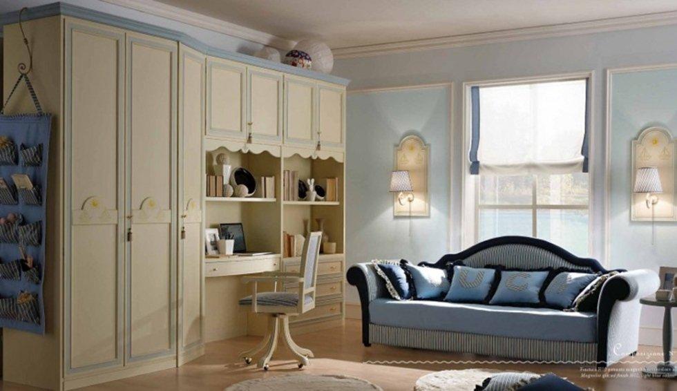 classic single bedroom