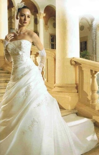 abito da sposa ricamato, vestiti cresima, vestiti damigelle