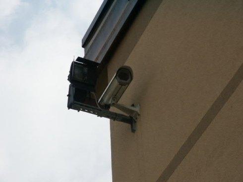Sistemi di sicurezza: installazione di telecamere