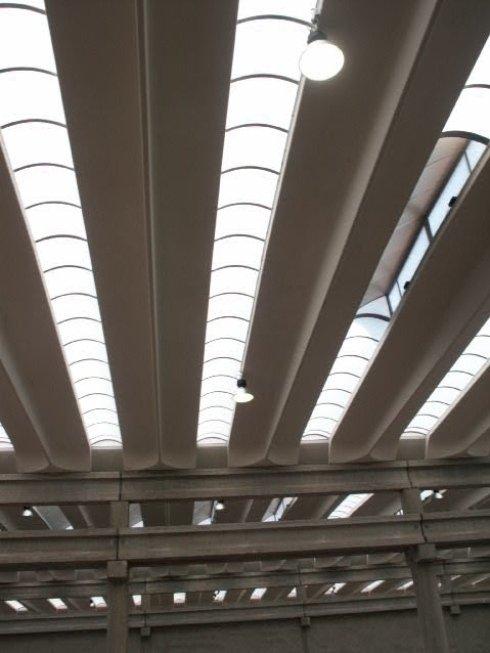 Progettazione di sistemi di illuminazione per capannoni