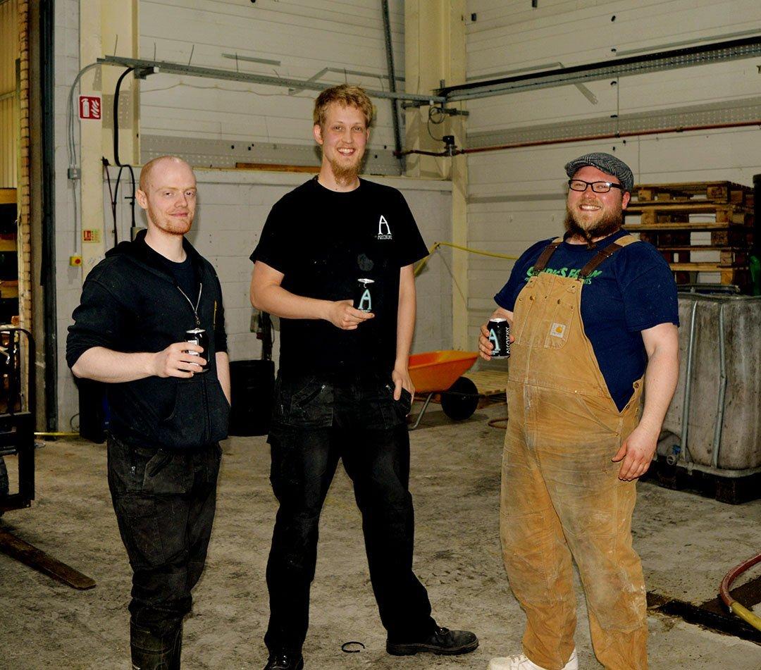 Alechemy brewing bone machine brewing collab collaboration drinking beer scotland scottish brewers craft beer rye ipa