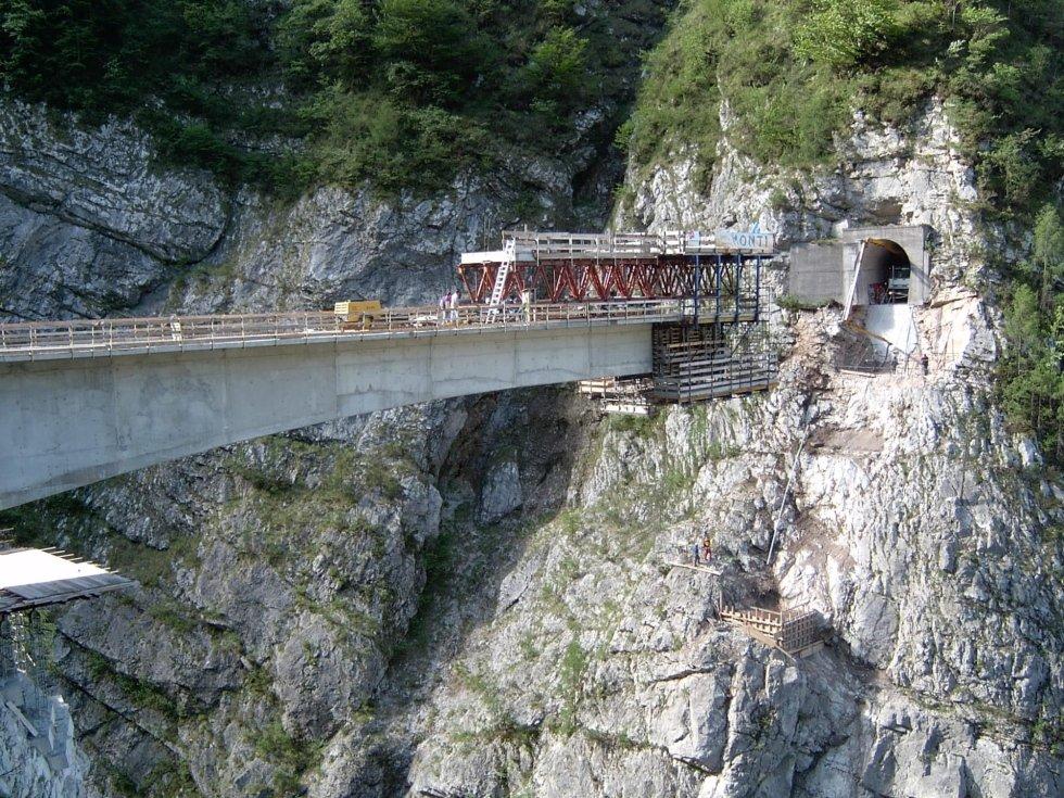 monti ponte di erto