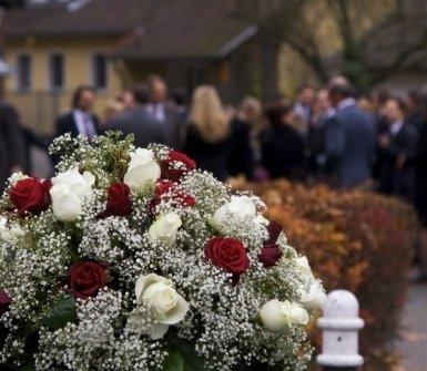 affissione manifesti, funerali, servizio 24 ore
