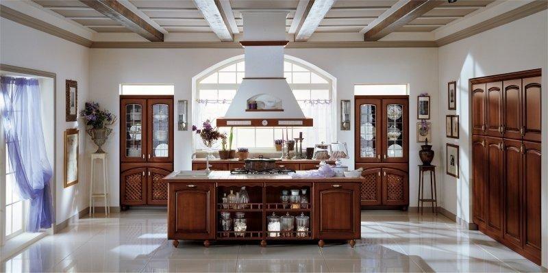 Cucine classiche cuneo mobilificio parola luigi - Cucine classiche avorio ...