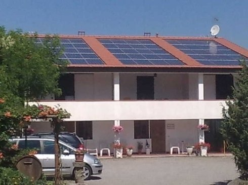 Tetto con pannelli solari Isol Pann