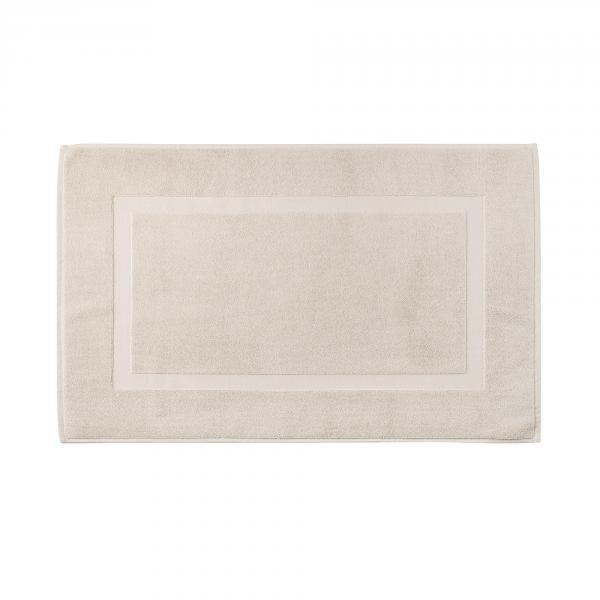 Accappatoi asciugamani e biancheria per il bagno genova bassetti in corte lambruschini - Tappeti per bagno bassetti ...