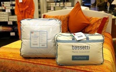 Piumoni Bassetti Prezzi Outlet.Biancheria E Arredo Per La Casa Genova Bassetti In Corte