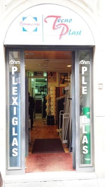 vendita plexiglas