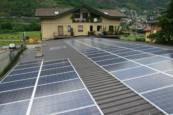 installazione pannelli fotovoltaici in corso della Taddei Coperture di Torino