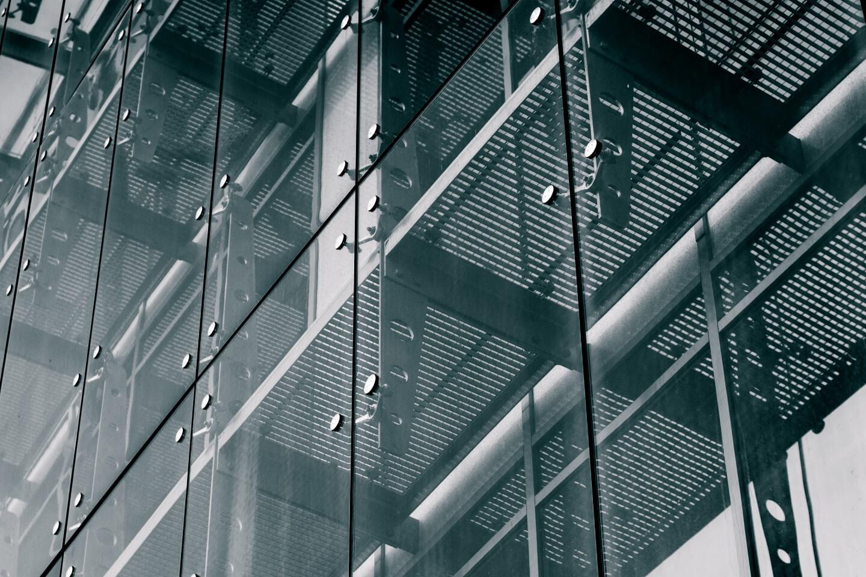 Vetreria majorana vetri d arredamento vetri e specchi for Archi arredo roma