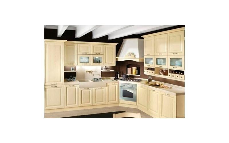 Cucina angolare color crema - Padova