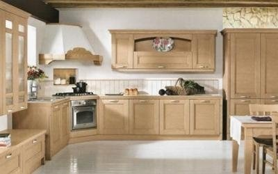 Cucina angolare color ciliegio - Provincia Padova