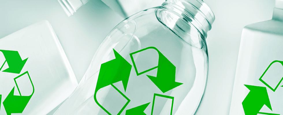 Riciclo bottiglie di plastica Napoli