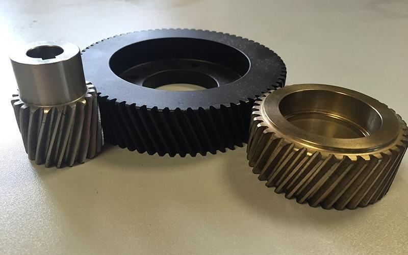 Produzione ingranaggi cilindrici elicoidali