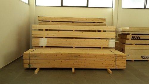 vista frontale pallet in legno