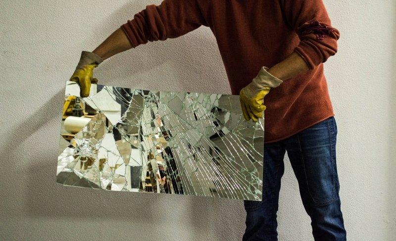 Mirror Glass durante la sostituzione