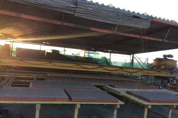 blocchi di materiali per costruzioni