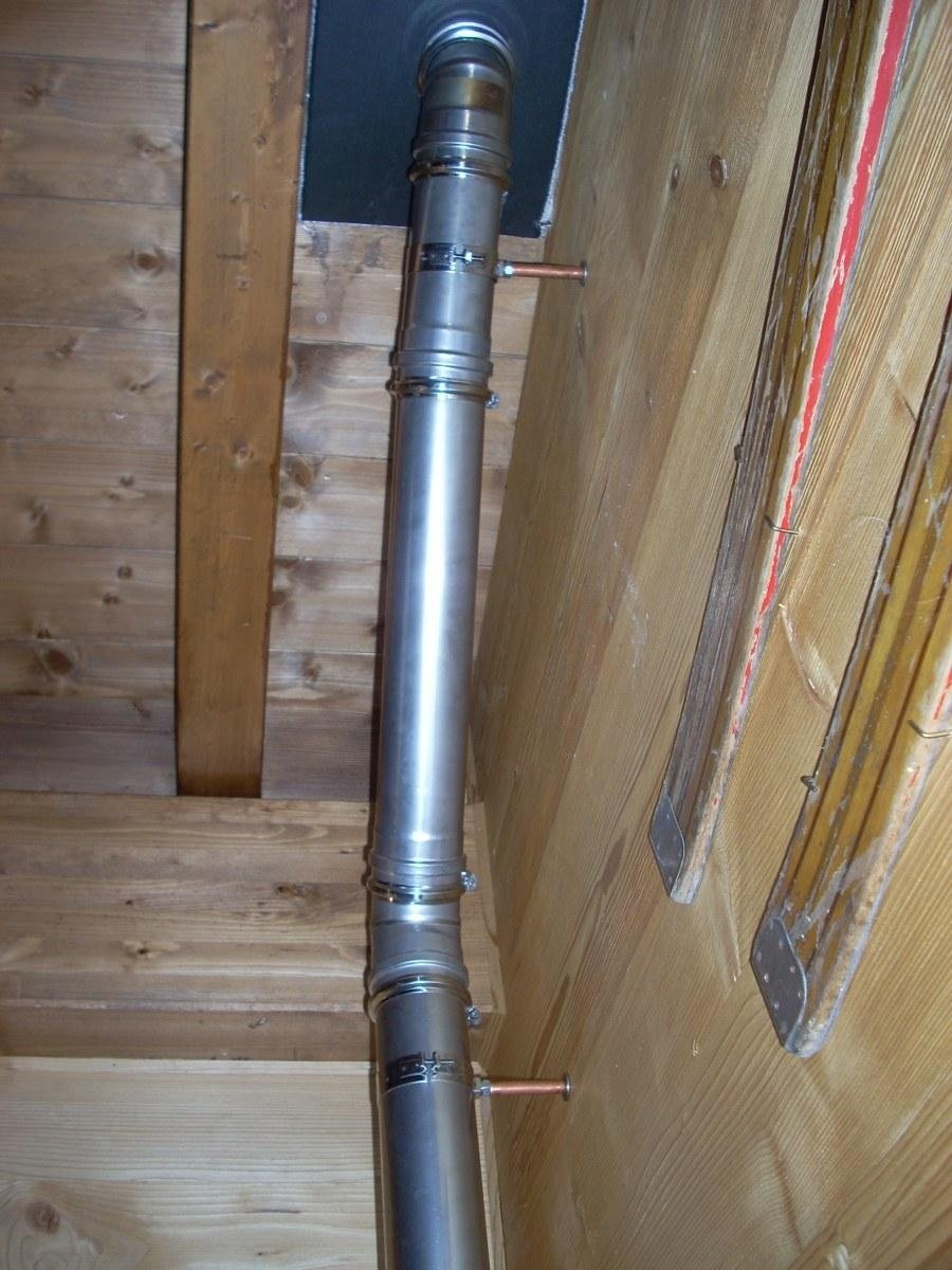 Installazione stufe sondrio lo spazzacamino - Installazione scarico fumi stufe a pellet ...