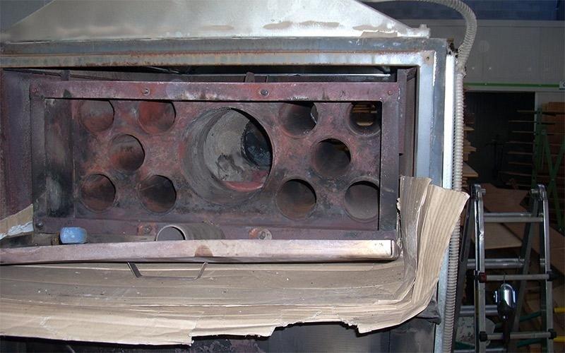 Pulizia generatore a legna