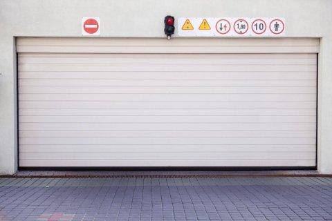automazione portoni per magazzini