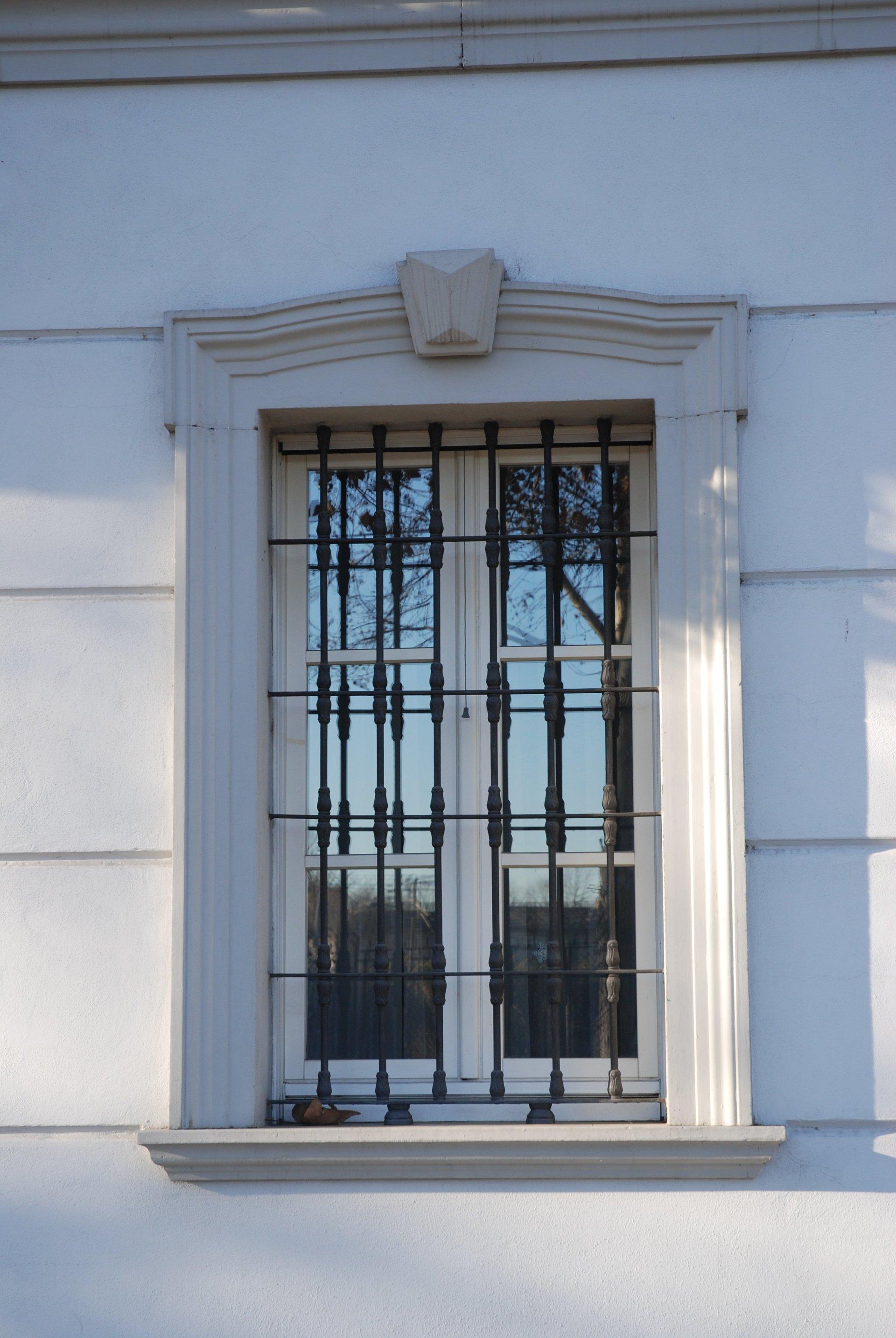 Realizzazione cornici e portali in cemento armato alessandria prefabbricati torti - Cornici esterne per finestre ...