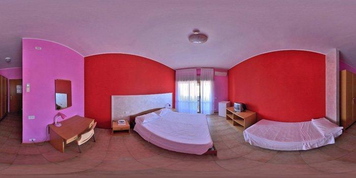 vista interna di albergo con decorazione