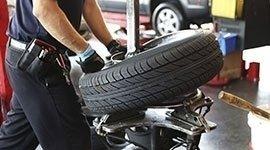 gommisti; riparazione pneumatici