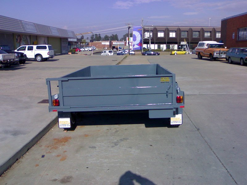 better trailers gret small trailer in road
